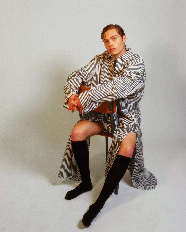Jules Houplain in Men at work (c) Celine Bishoff Arthur Mayadoux styled with Juun J